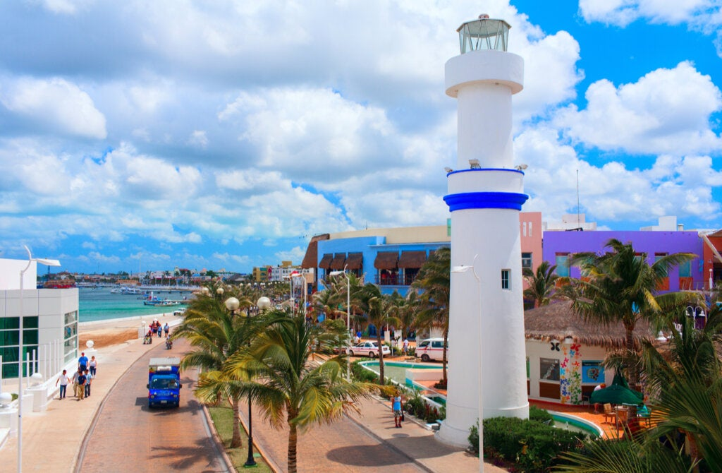 La isla Cozumel es un punto turístico importante en la Riviera Maya.