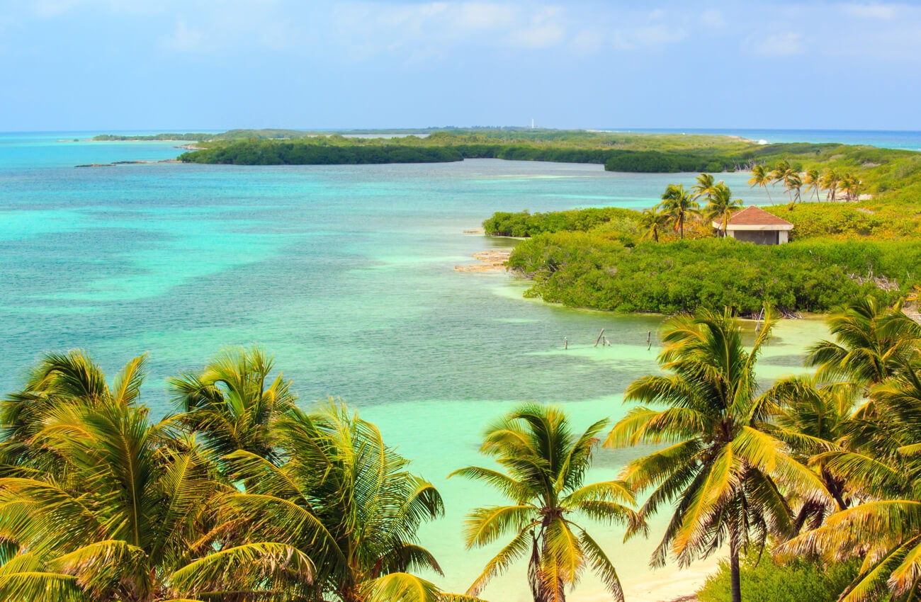 La isla Contoy es un área natural protegida en la Riviera Maya.