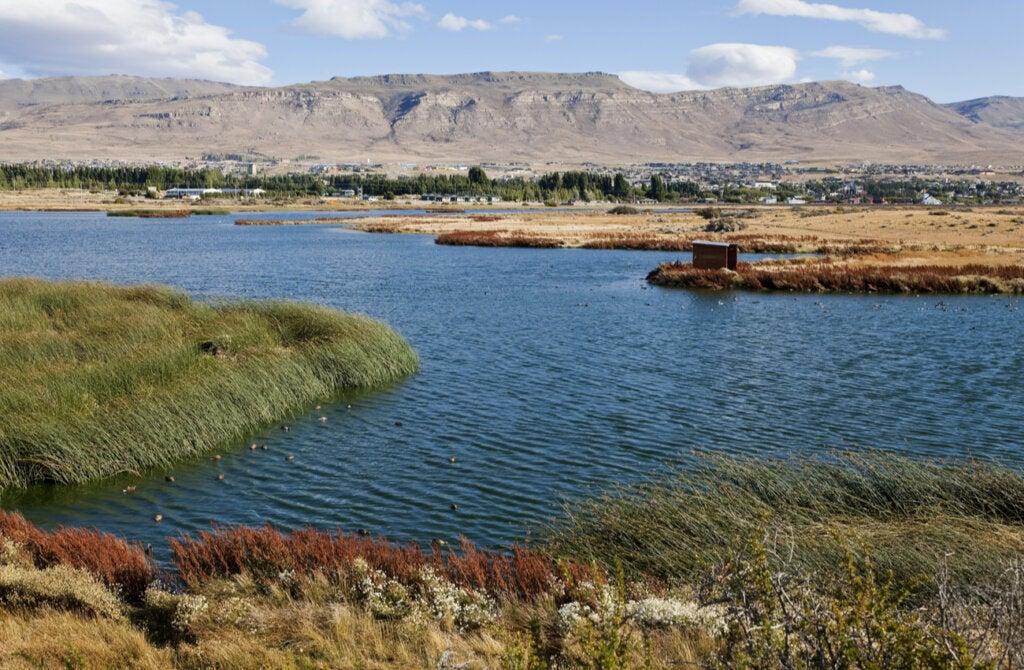 La temporada alta en la Patagonia Argentina incluye la primavera y verano del hemisferio sur.