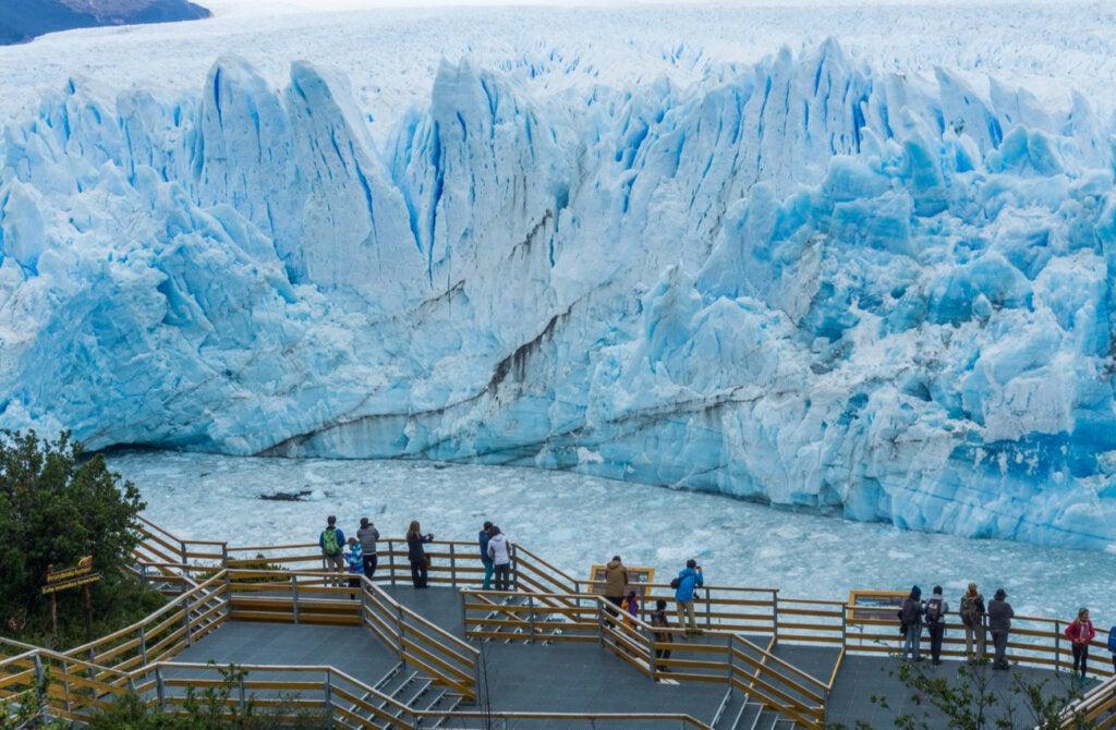 El Parque Nacional Los Glaciares es uno de los grandes atractivos de El Calafate.