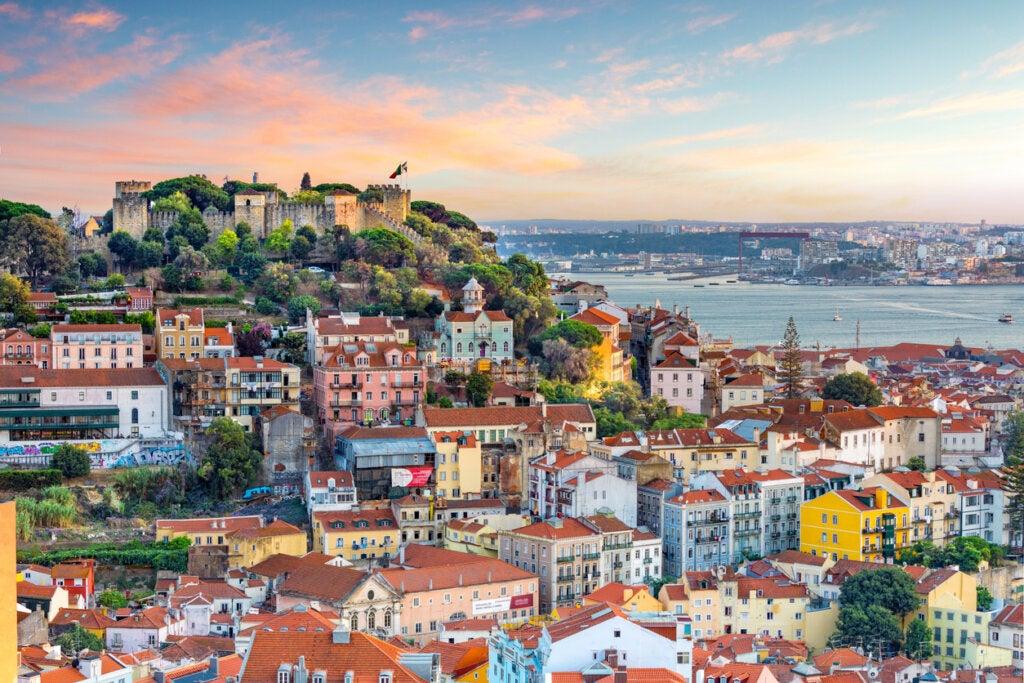 Aunque para muchos esto sea sorprendente, Lisboa es uno de los destinos más económicos de Europa.