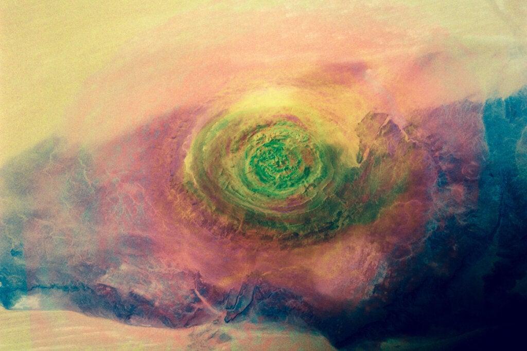 El ojo del Sahara, una enigmática estructura