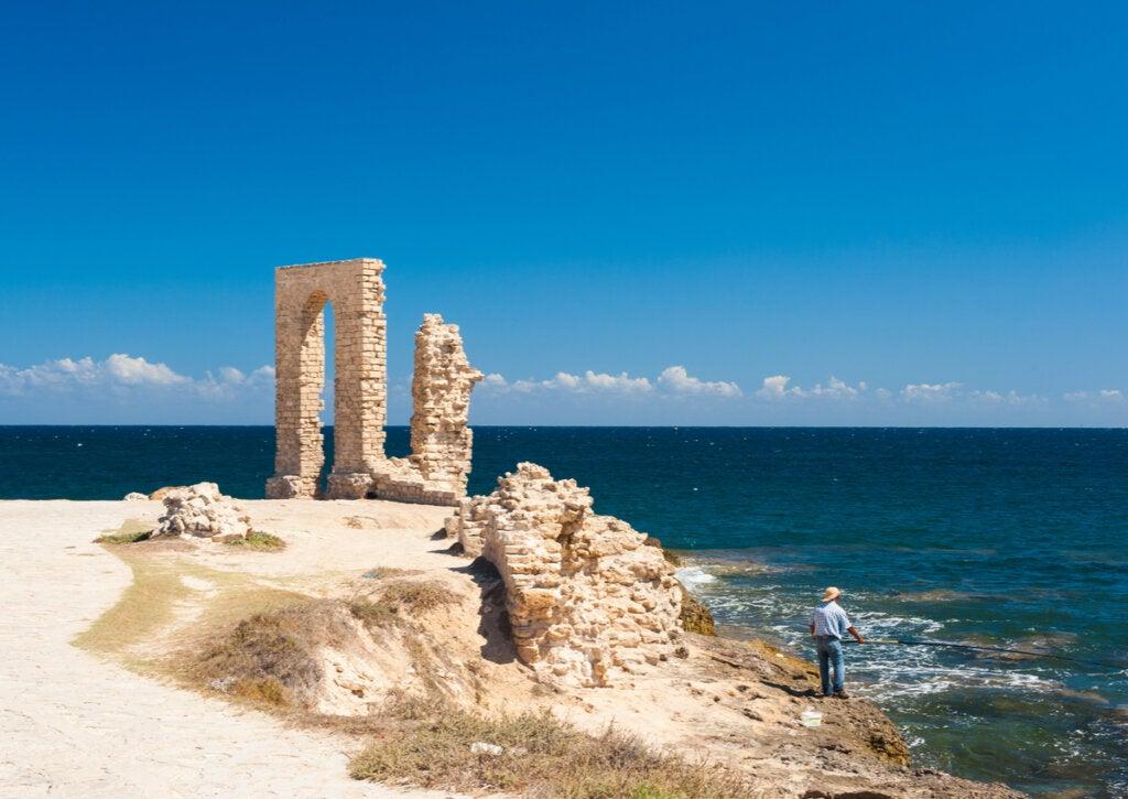 Ruinas romanas en la costa de Túnez.
