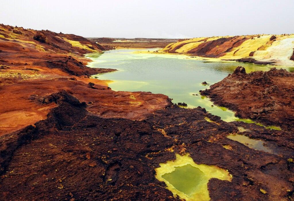 Depresión de Afar, un lugar colorido y letal