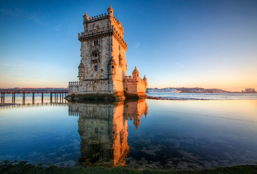 La Torre de Belem se ubica en Lisboa, Portugal.