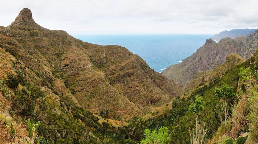 Las cumbres de Anaga, un paisaje magnífico en Tenerife.