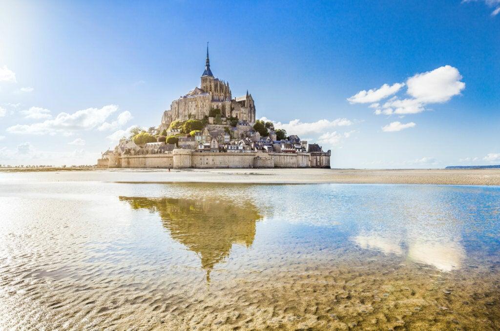 8 lugares que debes visitar en Normandía