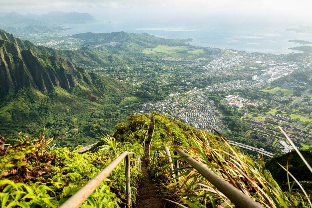 Escalera al cielo en Hawái: ¿te atreves a subir?