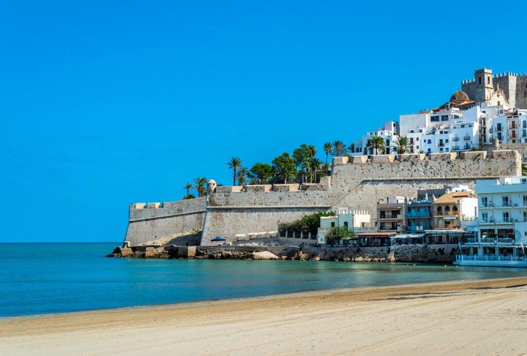 Peñíscola: con el Mediterráneo a sus pies