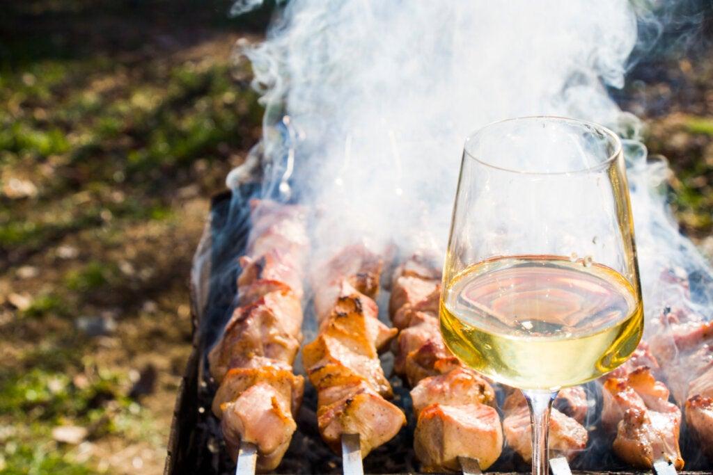 El mtsvadi es uno de los platos de Georgia más antiguos